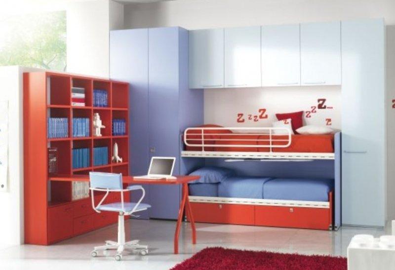Cameretta rossa e blu mobilificio fontana for Soluzioni camerette piccole