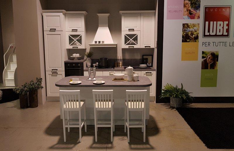 Cucina lube mod agnese di esposizione mobilificio fontana - Cucina lube agnese ...